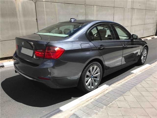 BMW 3 SERIES (05/2012) - Grey - lieu: