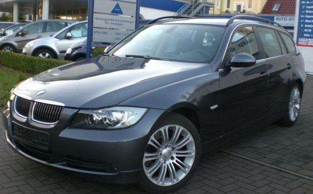 lhd BMW 3 SERIES (12/2007) - GREY METALLIC - lieu: