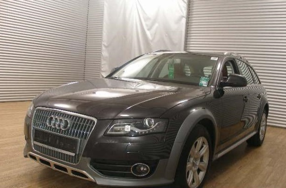 Lhd AUDI A4 ALLROAD (04/2011) - GREY METALLIC - lieu: