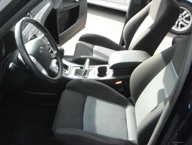 FORD S MAX (08/2010) - BLACK METALLIC - lieu: