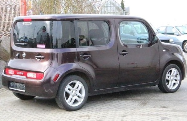 nissan cube 02 2010 brown metallic lieu. Black Bedroom Furniture Sets. Home Design Ideas