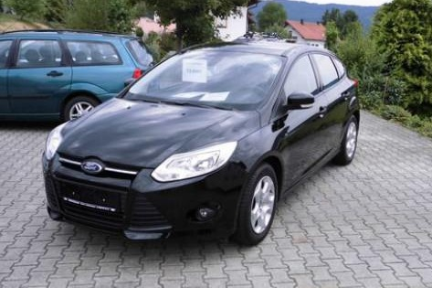 lhd FORD FOCUS (00/0) - BLACK - lieu:
