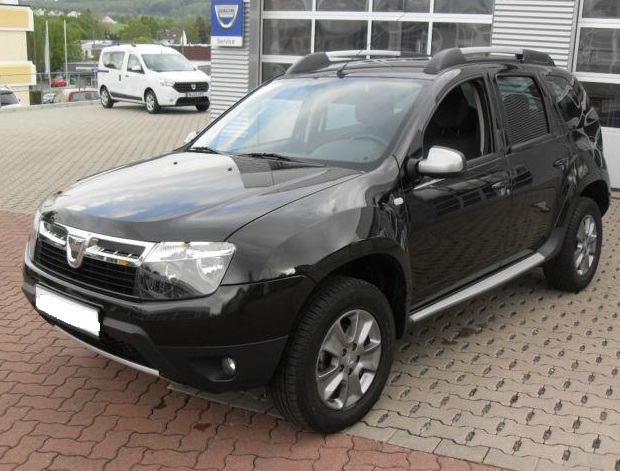 DACIA DUSTER (03/2013) - BLACK - lieu: