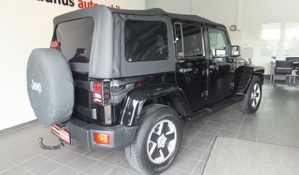 JEEP WRANGLER (09/2010) - BLACK - lieu: