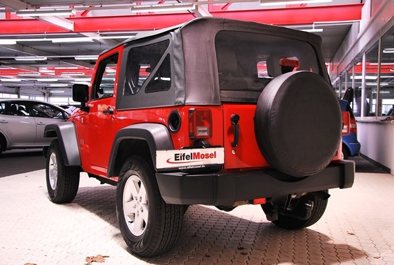JEEP WRANGLER (07/2007) - RED - lieu: