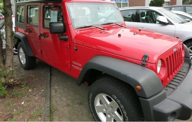 JEEP WRANGLER (12/2010) - RED - lieu:
