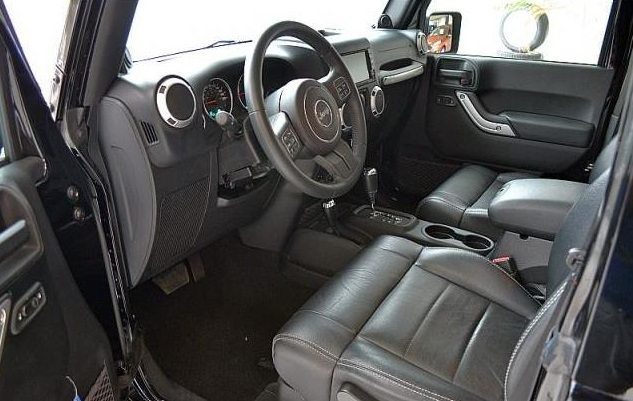 JEEP WRANGLER (05/2012) - BLACK  - lieu: