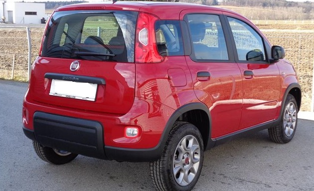 FIAT PANDA (02/2015) - CUPID RED - lieu: