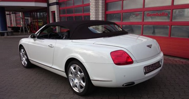 BENTLEY CONTINENTAL GTC (04/2008) - WHITE - lieu: