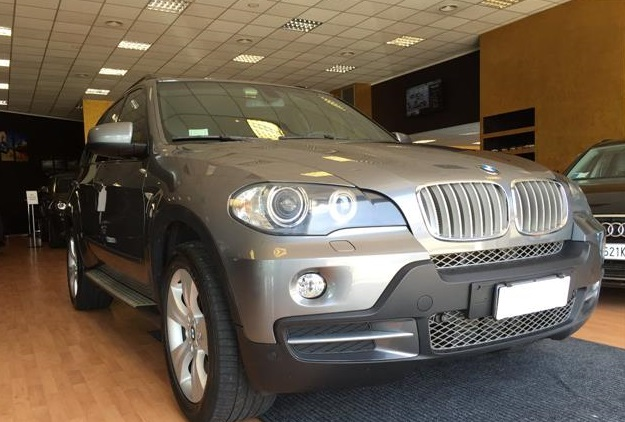 BMW X5 (08/2008) - GREY METALLIC - lieu: