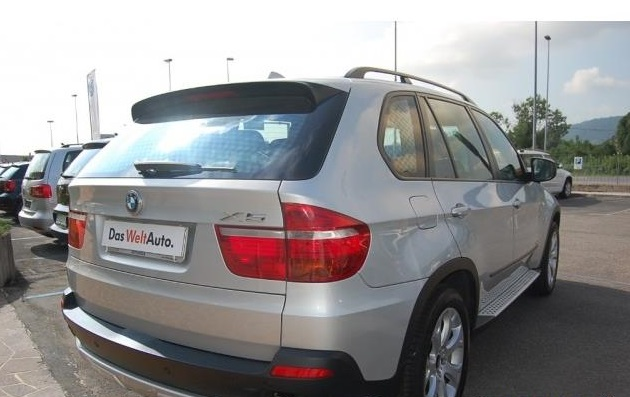 BMW X5 (09/2010) - GREY METALLIC - lieu: