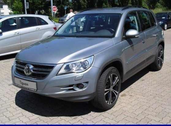 lhd VOLKSWAGEN TIGUAN (06/2008) - MOUNTAIN GREY METALLIC - lieu: