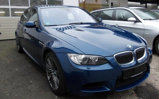 BMW M3 (07/2009) - BLUE METALLIC - lieu: