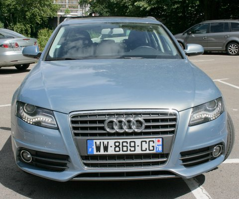 Left hand drive AUDI A4 2.7 TDI V6 190BHP S LINE FRENCH REGISTERED