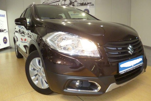 Lhd SUZUKI SX4 S-CROSS (09/2014) - BROWN METALLIC - lieu: