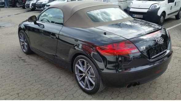 lhd car AUDI TT (05/2008) - BLACK METALLIC - lieu: