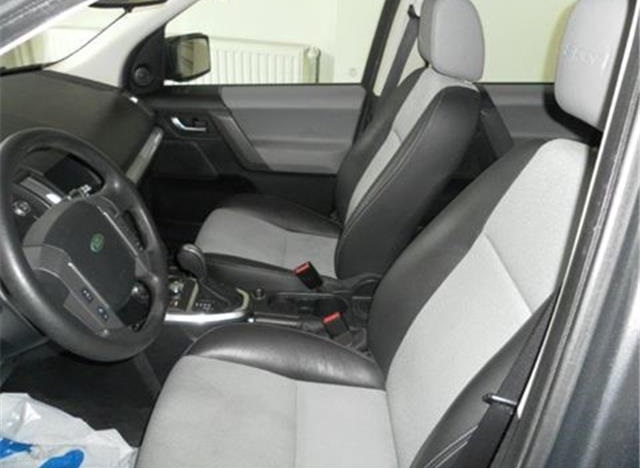 LANDROVER FREELANDER (12/2010) - GREY METALLIC - lieu: