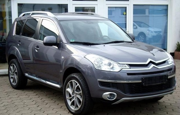 CITROEN C-CROSSER (08/2010) - GREY METALLIC - lieu: