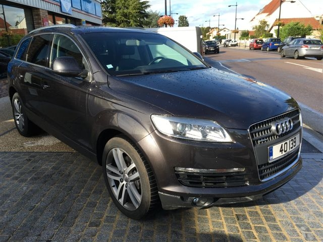Left hand drive AUDI Q7 3.0 TDI 7 SEATS LEATHER GPS