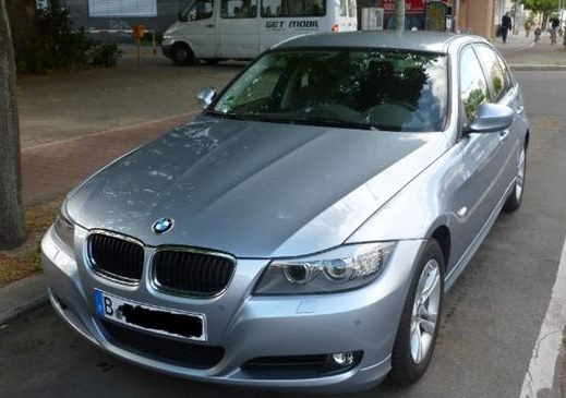lhd BMW 3 SERIES (05/2011) - BLUEWATER METALLIC - lieu: