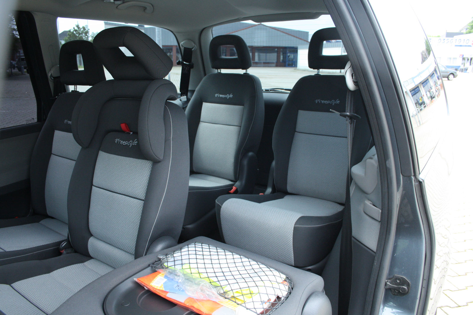 VOLKSWAGEN SHARAN (05/2007) - GREY METALLIC - lieu: