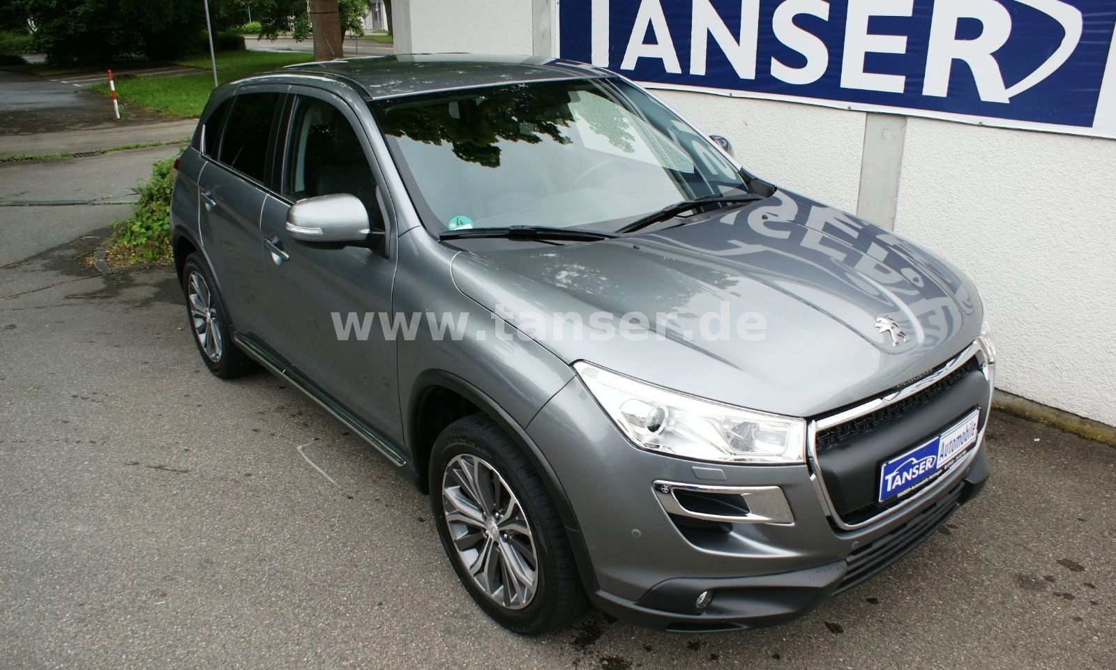 lhd PEUGEOT 4008 (06/2012) - GREY METALLIC - lieu: