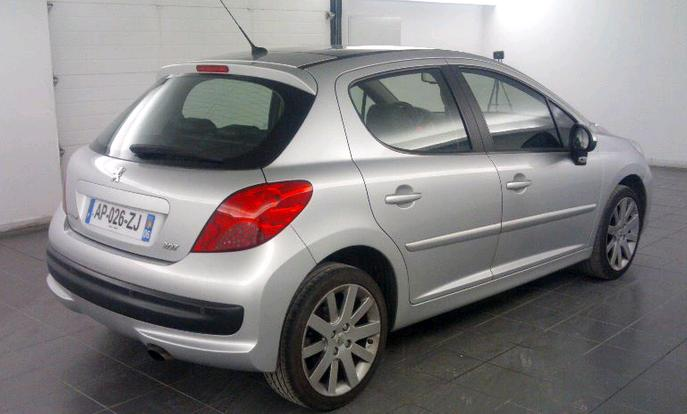 lhd car PEUGEOT 207 (03/2007) - GREY - lieu: