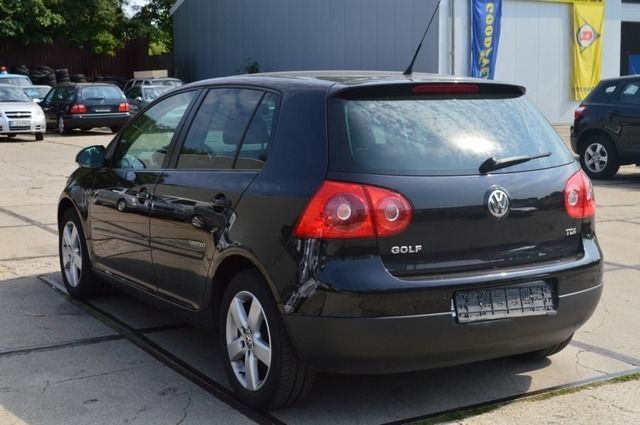 VOLKSWAGEN GOLF (04/2008) - BLACK - lieu: