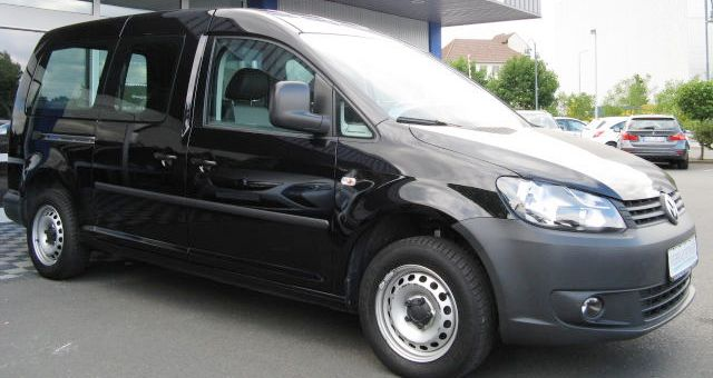 lhd VOLKSWAGEN CADDY (02/2011) - BLACK - lieu: