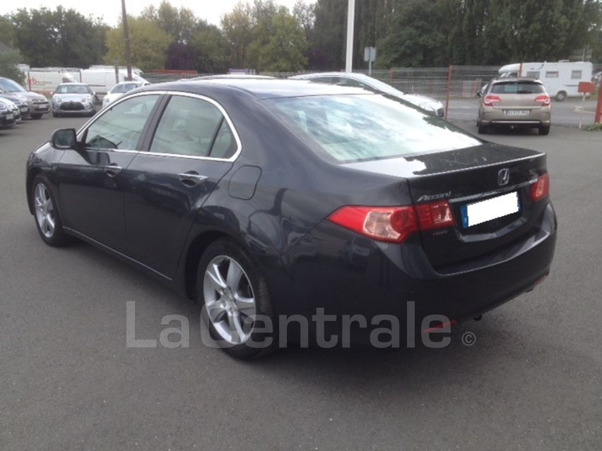 Lhd HONDA ACCORD (06/2011) - GREY METALLIC - lieu: