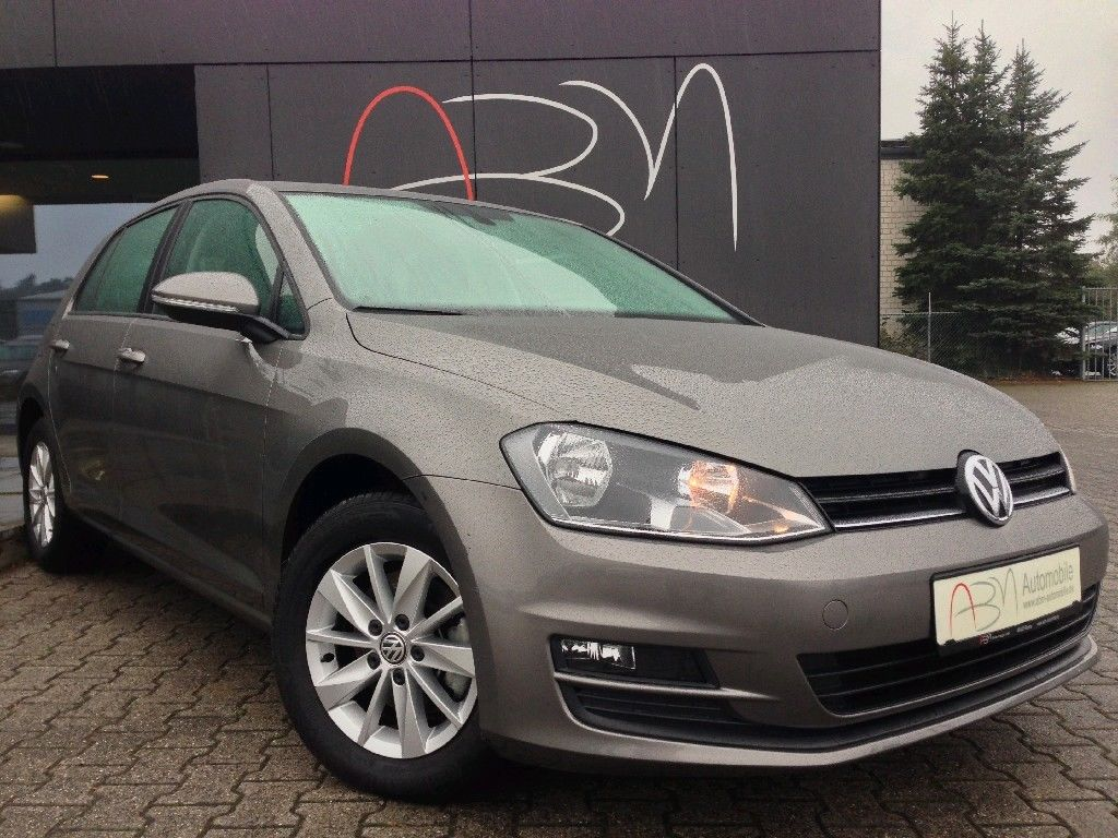 Lhd VOLKSWAGEN GOLF (03/2014) - GREY METALLIC - lieu: