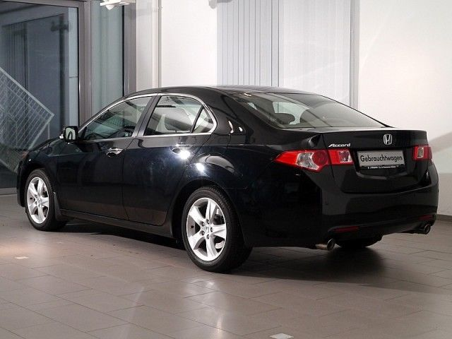 Lhd HONDA ACCORD (05/2010) - BLACK - lieu: