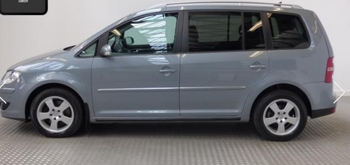 VOLKSWAGEN TOURAN (02/2008) - GREY METALLIC - lieu: