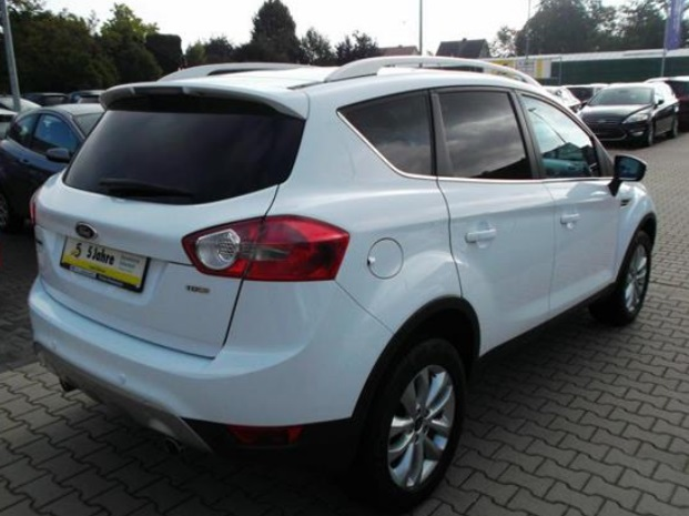 FORD KUGA (09/2010) - WHITE - lieu: