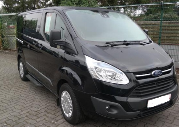 FORD TOURNEO 2.2 TDCI TREND L1H1 9 SEATER