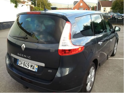 RENAULT GD SCENIC (12/2011) - DARK GREY METALLIC - lieu: