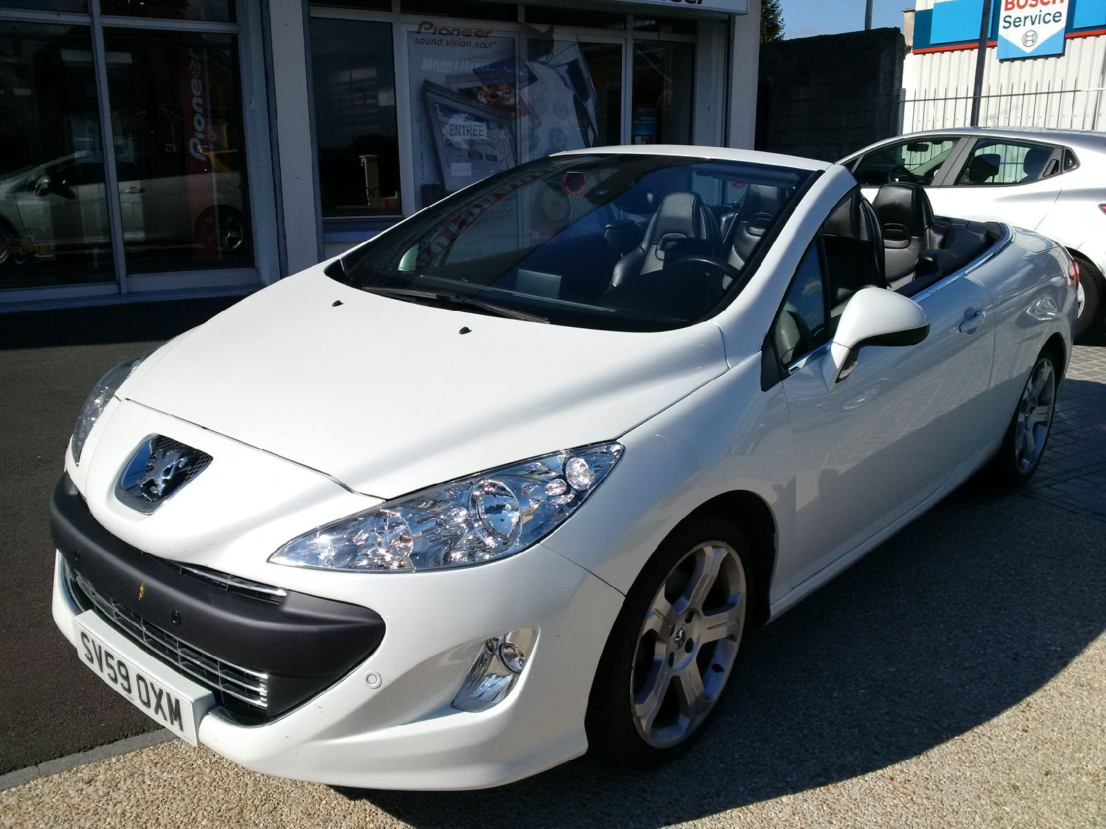Left hand drive PEUGEOT 308CC 1.6 156 THP UK REGISTRATION