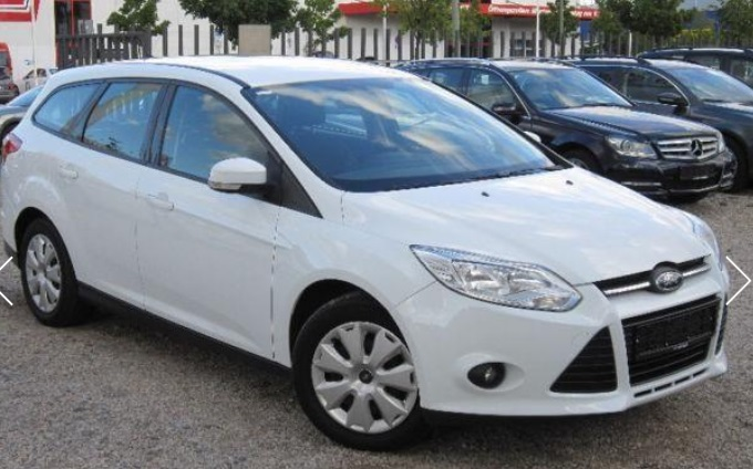 FORD FOCUS (01/2012) - WHITE - lieu: