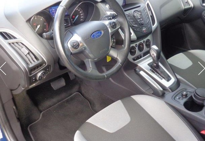 FORD FOCUS (06/2012) - BLUE  - lieu: