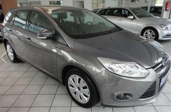 lhd FORD FOCUS (10/2011) - GREY METALLIC - lieu: