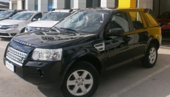 LANDROVER FREELANDER (01/2010) - BLACK METALLIC - lieu:
