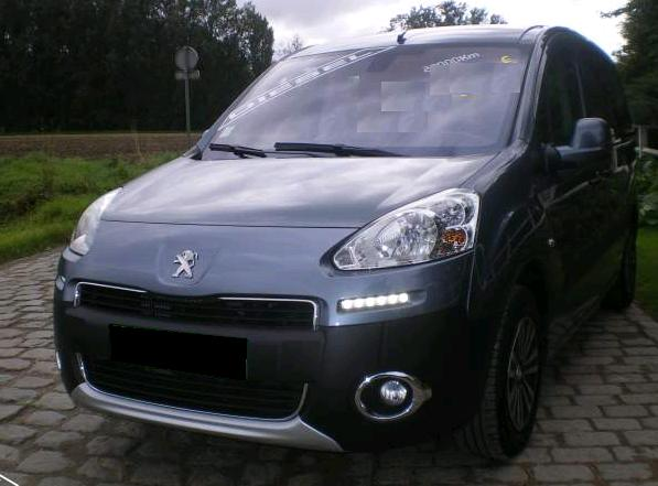 PEUGEOT PARTNER (09/2013) - GREY - lieu: