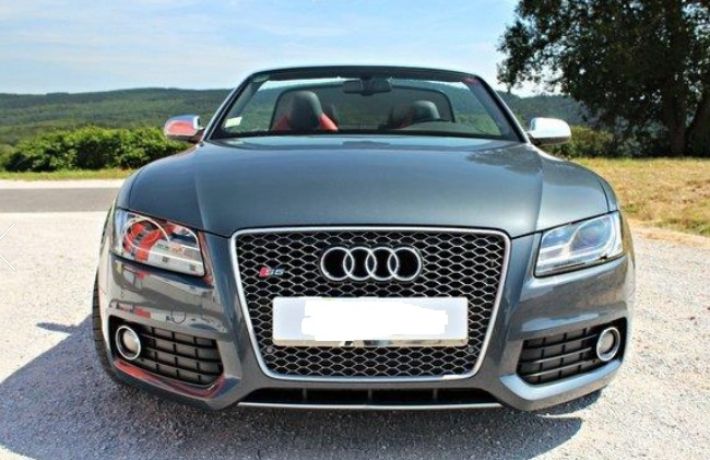 AUDI S5 (09/2010) - GREY METALLIC - lieu: