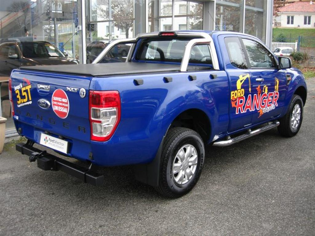 FORD RANGER (12/2015) - CYCLONE BLUE - lieu: