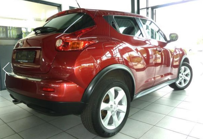 NISSAN JUKE (11/2011) - RED METALLIC - lieu: