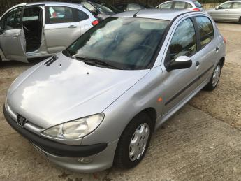 PEUGEOT 206 1.6 XT FRENCH REG