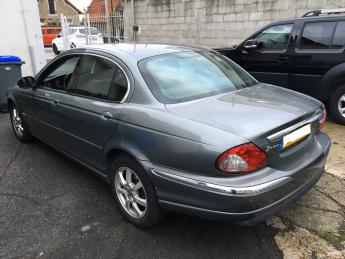 lhd car JAGUAR X TYPE (09/2004) - GREY - lieu: