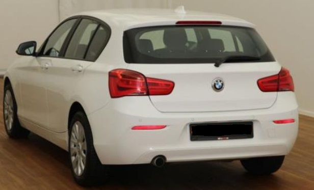 BMW 1 SERIES (05/2015) - WHITE - lieu: