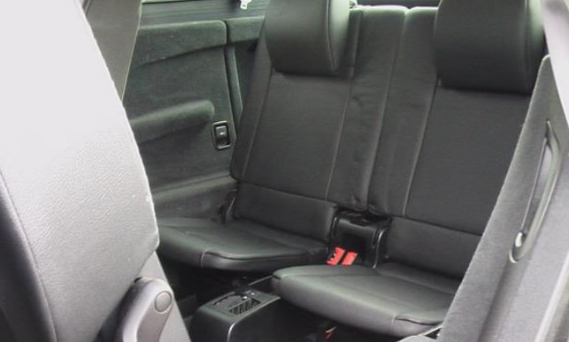 Left hand drive car BMW X5 (06/2009) - BLACK - lieu: