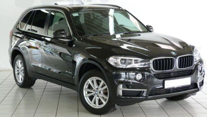 lhd BMW X5 (06/2015) - BLACK METALLIC - lieu: